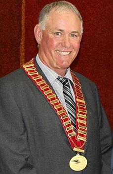 Cr Charlie Gillingham