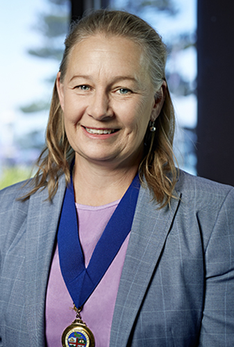 Cr Mayor Anita Rank – Glenelg Shire Council