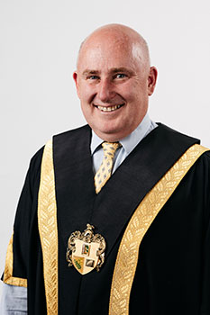 Photo of Whitehorse City Council Mayor, Cr Andrew Munroe